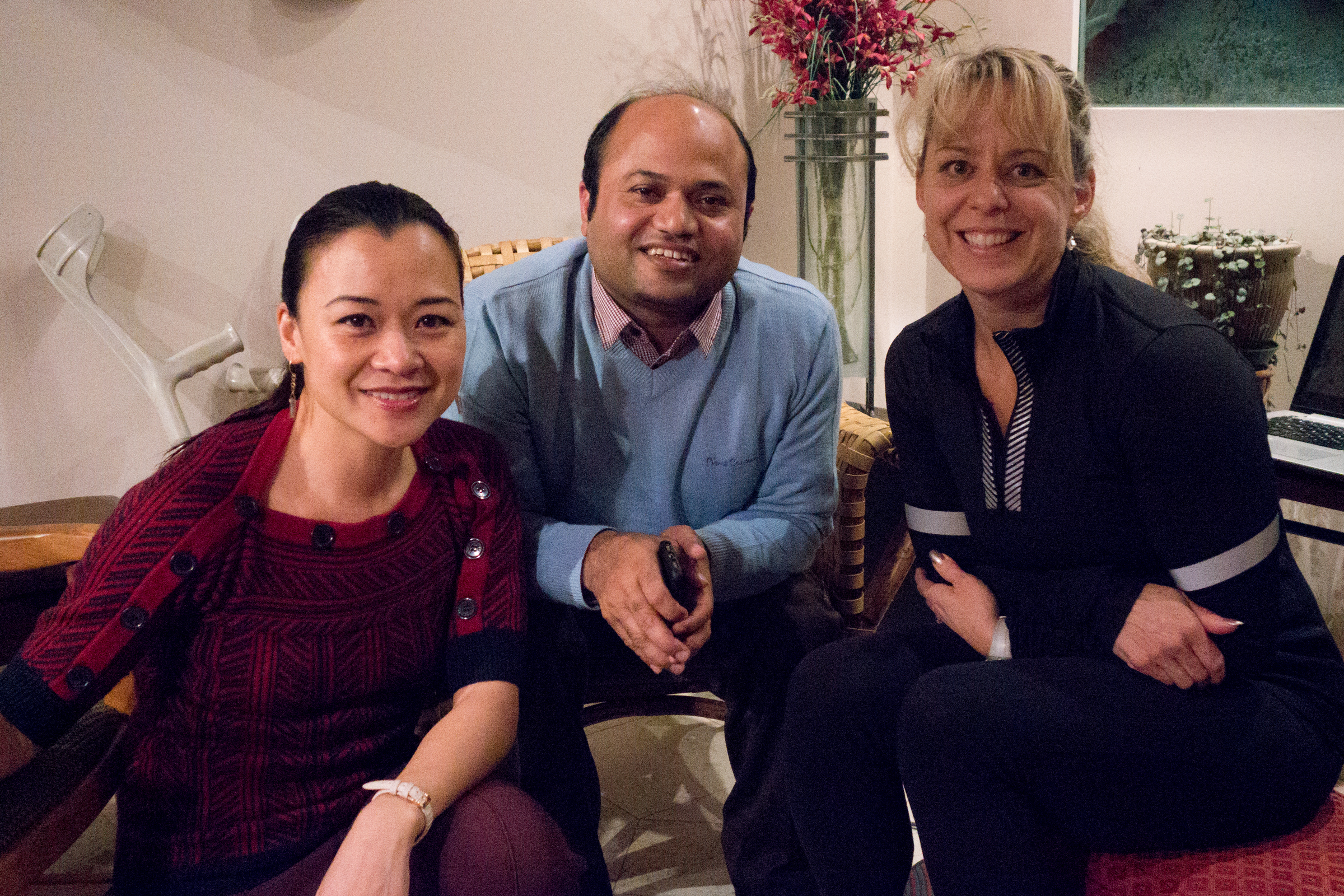 With Spinal Cord Injury physiatrists Dr Viet Vu (left) and Rhonda Willms (right)